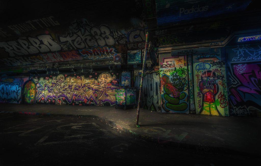 Download Kumpulan 5 Font Graffiti Gratis Terbaik & Terbaru!
